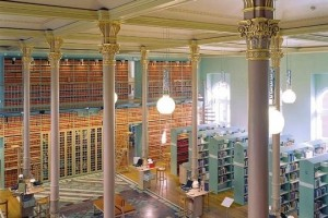 biblioteca-del-parlamento-svedese-svezia